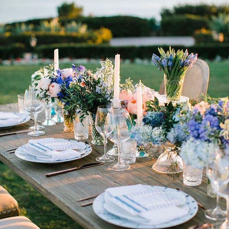 お客様が素敵にpostしてくださったのでリポスト⚘⚘⚘ 2枚目がいただいたimage☞ 春らしくかわいく❤︎ @mai___wedding さま、ありがとうございました❤︎ @mai___wedding:. 招待状 ♡ . デザインは @the_m_w_p_d さまにお願いしました💐✨ 前からお花を使った招待状がとても素敵で憧れていたので オーダーさせていただきました♡ 一緒に #ゲストカード も♡♡♡ . 色もデザインもとってもお気に入りです☺✨素敵♡ みんなの反応が楽しみ💖 . #招待状 #招待状付箋 #宛名書き#招待状発送 #結婚式 #結婚式準備 #ナチュラルウェディング #ウェディング #プレ花嫁 #花嫁 #日本中のプレ花嫁さんと繋がりたい #ウェディングニュース #weddinginvitation #invitation #wedding #bride #groom #naturalwedding