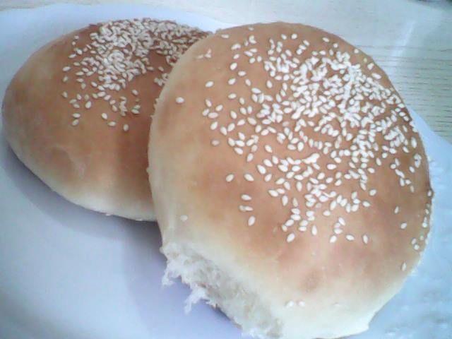 Συνταγή για ψωμάκια μπριος ιδανικά για χάμπουργκερ!Από τη Σταυρούλα Καιτατζη