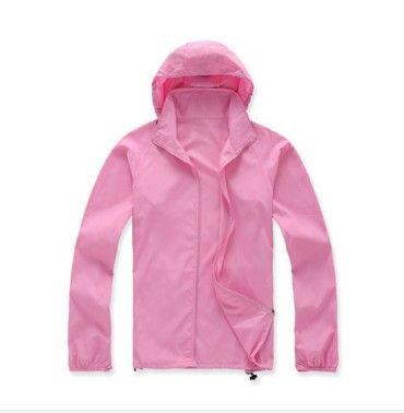 Dámská outdoor bunda růžová – VELIKOST L Na tento produkt se vztahuje nejen zajímavá sleva, ale také poštovné zdarma! Využij této výhodné nabídky a ušetři na poštovném, stejně jako to udělalo již velké množství spokojených …
