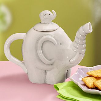 Elephant Teapot: Elephants Teas, Baby Elephants, Elephant Teas, Elephant Teapots, Drinks Teas, Loveliness Teapots China, Tea Pots, Delta Elephants, Teas Pots 3