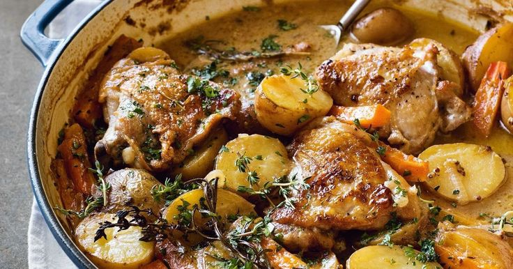 Take your tastebuds on a trip to France with this delicious and easy French-style creamy chicken and potato bake.