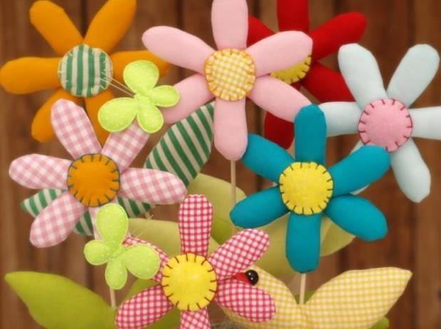 Arreglo floral hecho en tela ~ Solountip.com