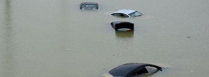 Heavy rain wreaks havoc across Jeddah, Saudi Arabia