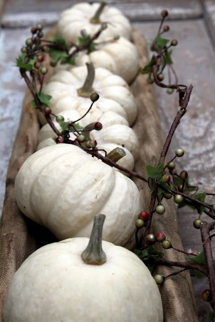 Rusted Treasure: 5 Thanksgiving Table Decor Ideas