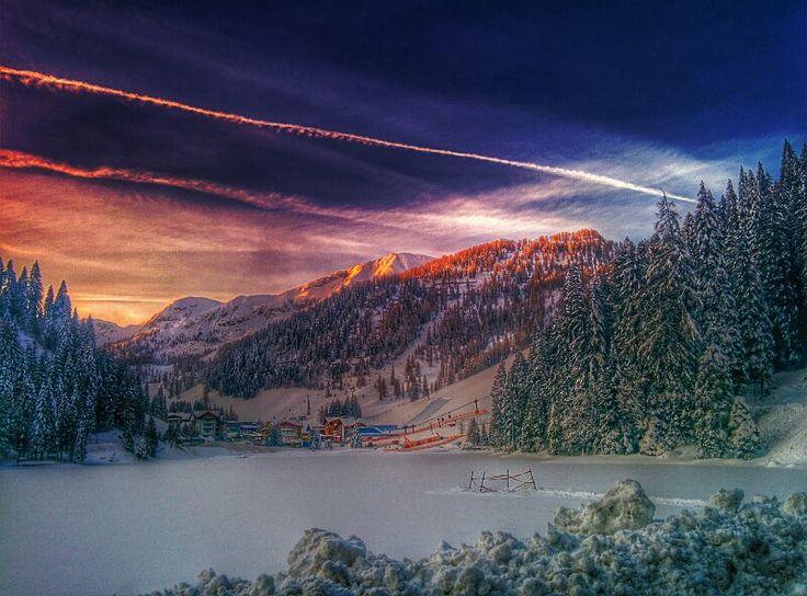 Morgens halb 9 in Zauchensee