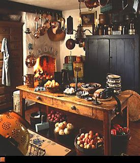 Home interior design style guide colonial farmstead for Colonial home styles guide