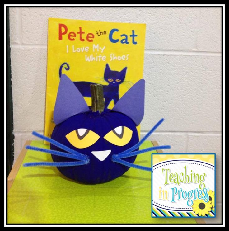 Pete the Cat pumpkin love it ... so doing this for my daughters pumpkin creation