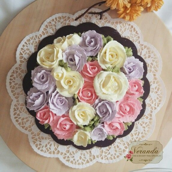 Soft Colored Floral Cake