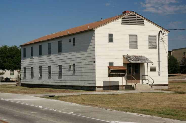 Old Barracks At Lackland Afb Spent A Few Days Throwing Out