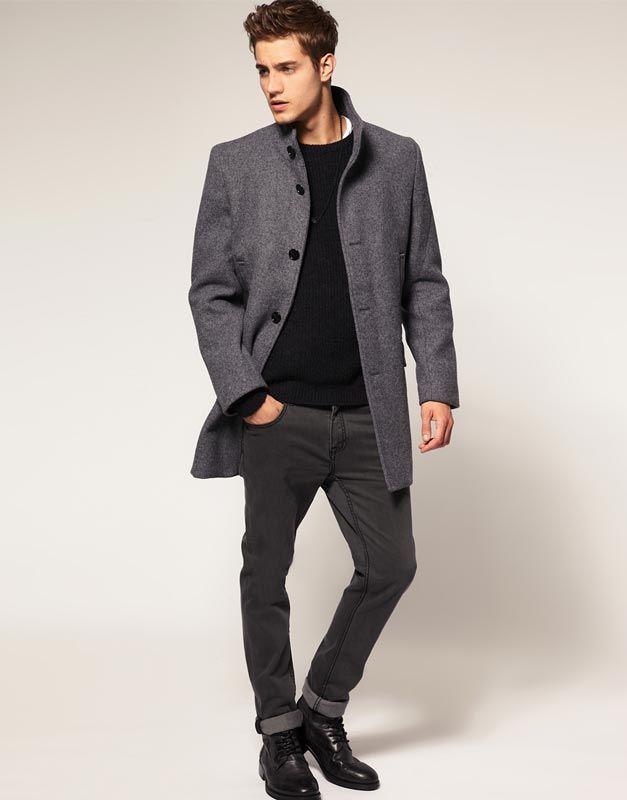 5c7c77bddde Короткое мужское пальто (45 фото)  двубортное