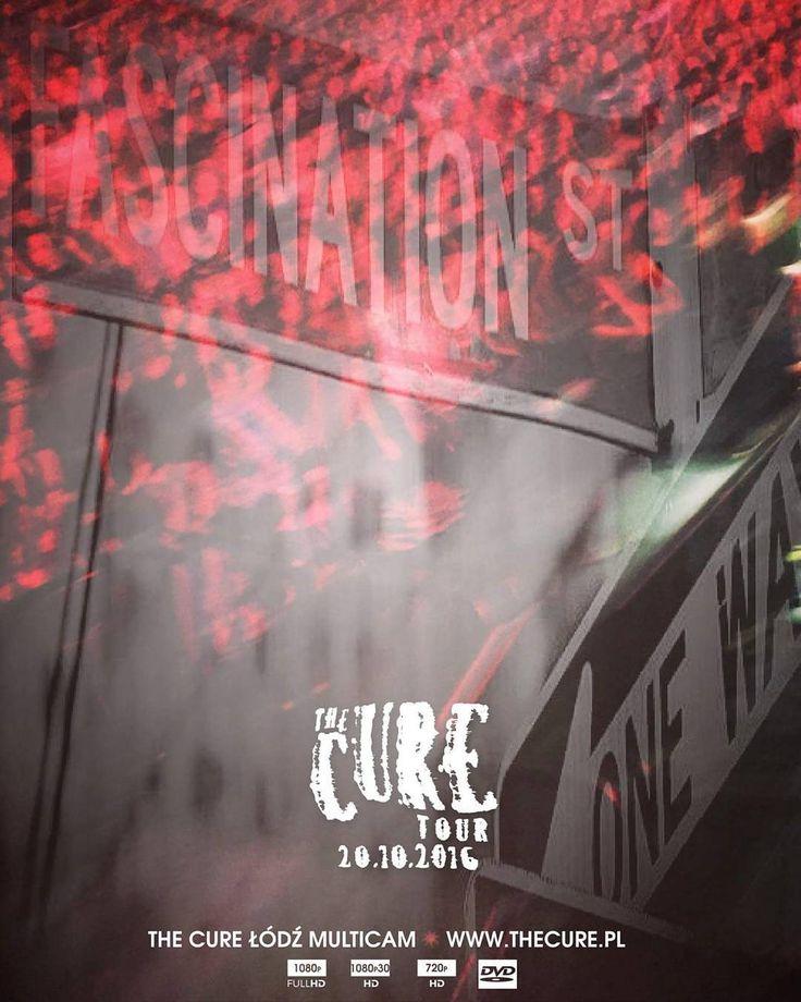 """The Cure Lodz Multicam"" is free to download exclusively at www.thecure.pl #TheCure #Lodz #Multicam #free #fan #film #project #thecuretour2016 #RobertSmith #rock #pop #indie #goth #alternative #postpunk #80s #90s #music #video #instamusic #łódź #atlasarena #poland #concert #koncert #nazywo #live #download @robertsmith @thecure @martinmarszalek"