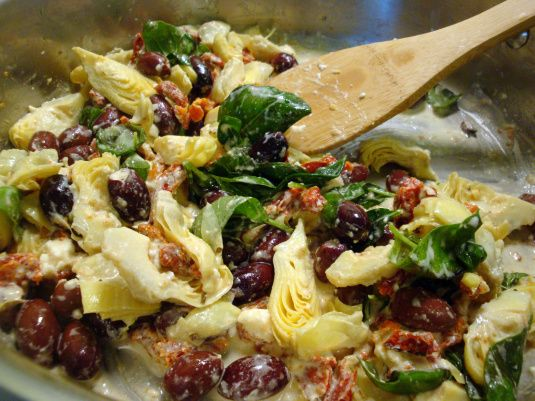 YUM mediterranean pasta-- sun dried tomato, basil, kalamata olives, artichoke hearts, feta cheese, and grilled chicken
