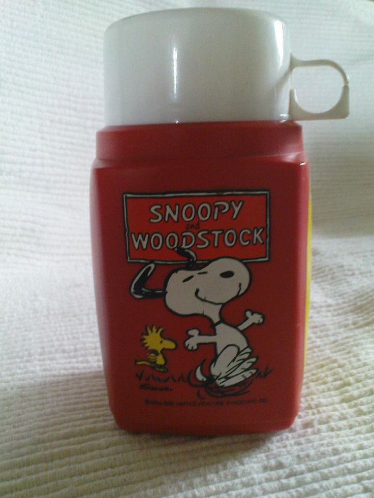 Vintage Snoopy thermos flask - My first lunchbox was THIS - the lunchbox itself was vinyl and buttoned with a goldtone twist clasp. This is the exact thermos.