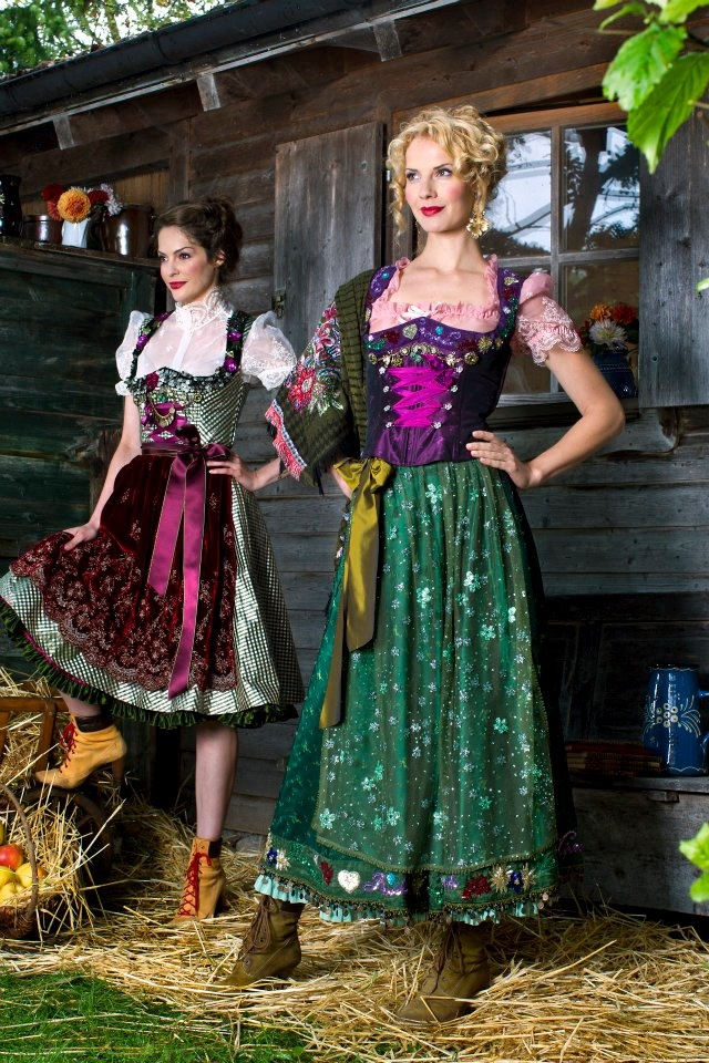 Color shock! In best form. Incredible Dirndl styles. With trendy cape & shoes. By Lola Paltinger Dirndl