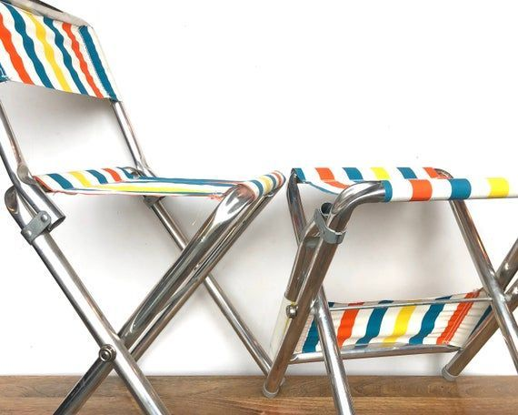 Vintage Lawn Chairs In 2020 Metal Folding Chairs Lawn Chairs