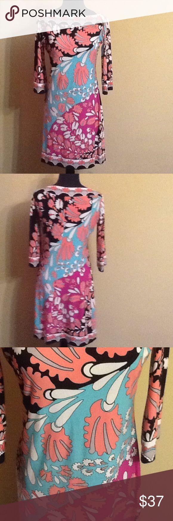 Donna Morgan Donna Morgan sheath dress. Very festive and comfortable! Great condition. Donna Morgan Dresses Midi