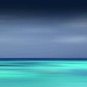 Yvan Moreau préfère redéfinir la réalité en suivant son humeur et ses émotions. C'est dans cet esprit que la série des bords de mer s'est construite avec ces horizons lisses, étirés, aux couleurs intenses. Le temps de pose choisi par Yvan Moreau, aussi étendu que les lignes horizontales, absorbe dans cette photographie le réel pour nous emmener vers l'abstraction et son pouvoir magnétique.