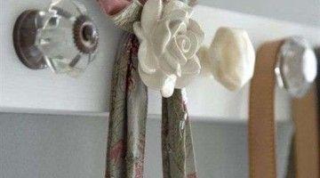 Woontrendz-doe-het-zelf-kapstok-van-sierknoppen