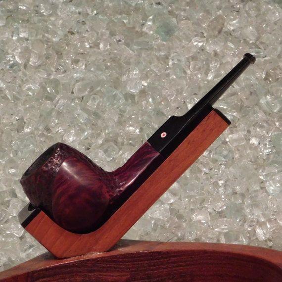 Whitehall Red Dot #95 Apple Shape Estate Vintage Tobacco Smoking Pipe at https://www.etsy.com/listing/269330752/estate-pipe-whitehall-red-dot-95-vintage