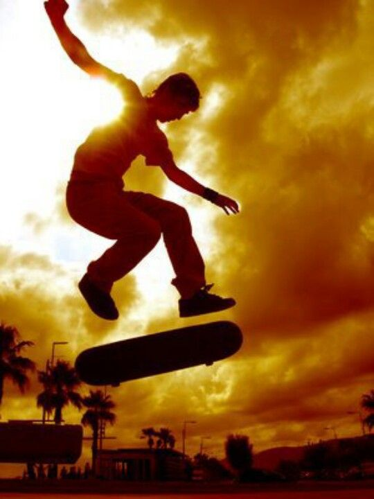 "Skateboarding photography: ""Skateboarding an art form, a lifestyle and a sport."""