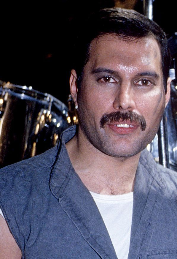 I love Freddie Mercury. I'm a bit obsessed. This is my Queen soapbox where I like to discuss...