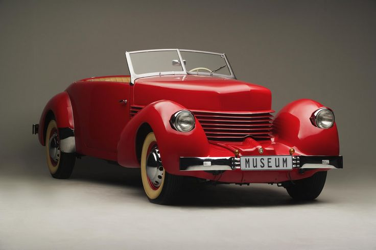 Cord. model: 810 convertible. year: 1936