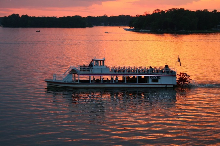 Dixie Sternwheeler, Lake Webster, North Webster, Indiana - I'm headed back there this weekend for the first time in at least 15 years!