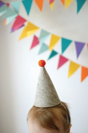 A perfectly simple felt party hat