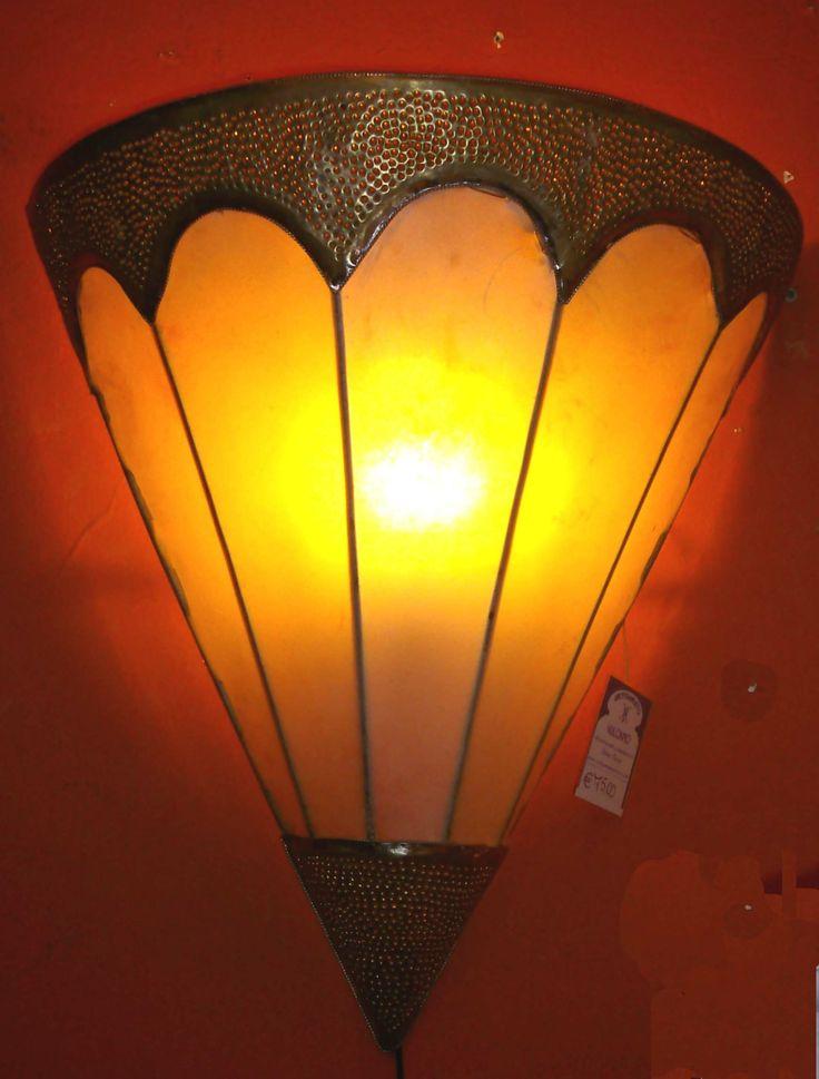 Applique marocco (Illuminazione, Applique Marocco) di Artigianato Vulcano, eCommerce specializzato nella vendita di articoli etnici, marocchini e orientali.