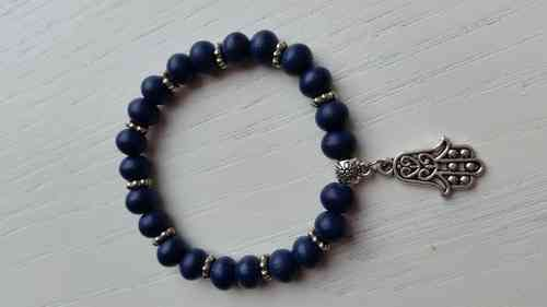 Blue bracelet with wooden beads