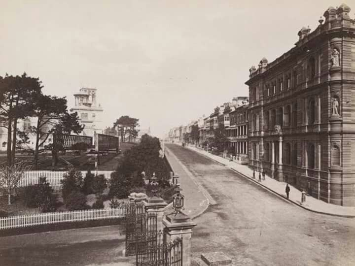 MacQuarie St,Sydney in 1879.On the left one can see the Garden Palace.