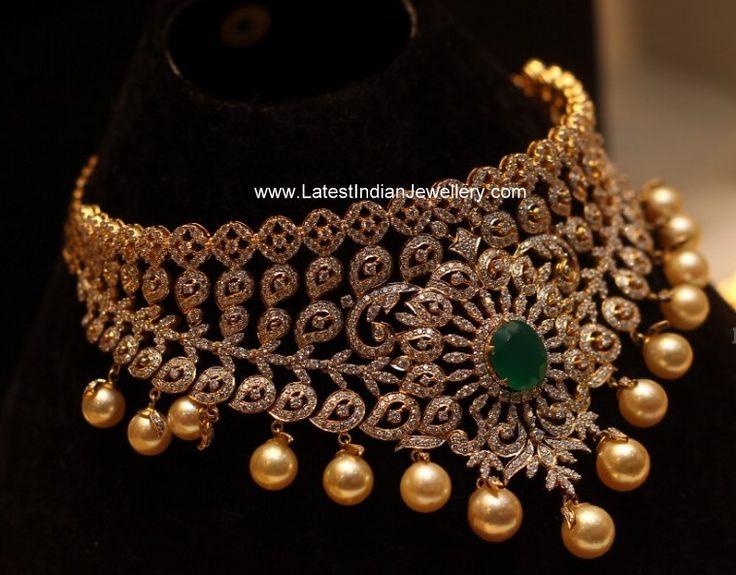 Manepally jewellers Diamond and emerald Choker