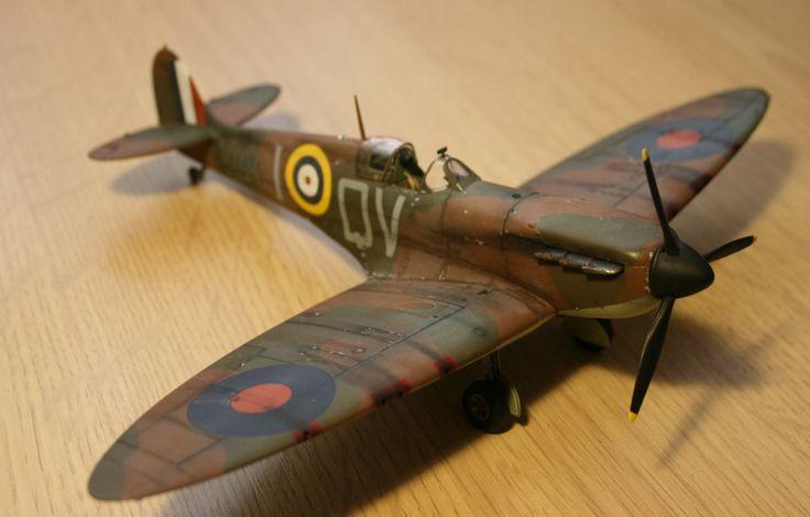 Tamiya Spitfire MK.1 1/48   Spitfire model, Model aircraft, Aircraft modeling