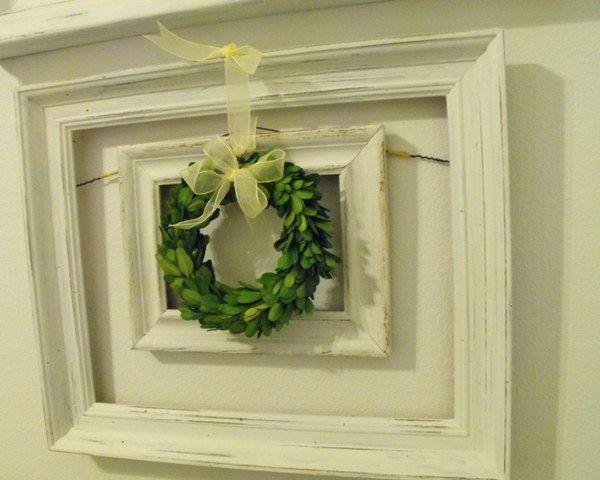 Susie Harris: Boxwood Wreaths