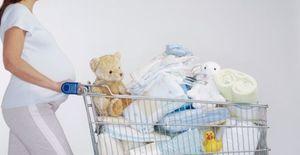 ropa de recién nacido - © Getty Images / Jonathan Knowles