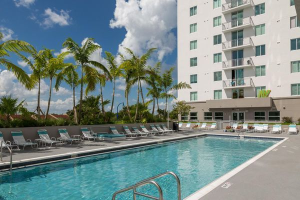 Rooftop Resort Pool Sundeck Resort Pools Pool Outdoor