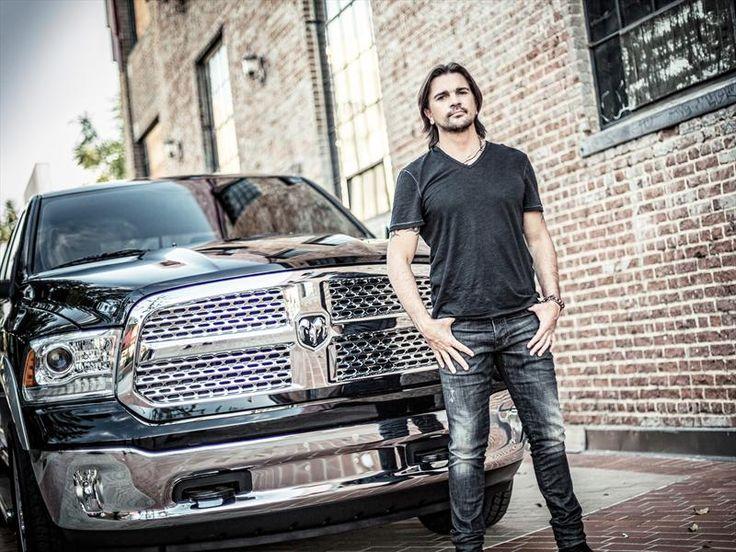photo of Juanes  - car