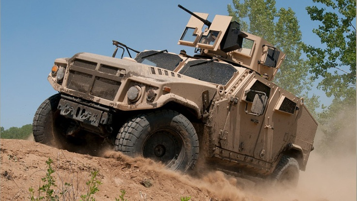 U.S. Army names three finalists to replace the Humvee in $5 billion bake-off | Motoramic - Yahoo! Autos