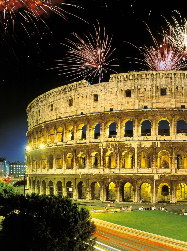 Nouvel an à Rome, Italie .....New Year's Eve in Rome, Italy...Happy New Year!