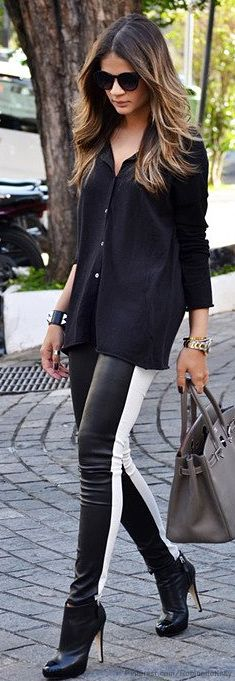 THE SIMPLE RACER STRIPES DOWN LEGGINGS THIS FALL IS IN!  black on black on black for fall <3