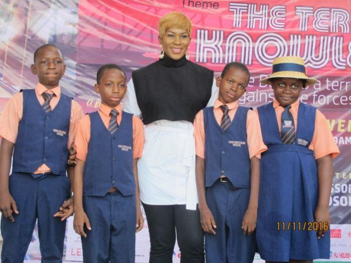 Actress Stephanie Linus mentors students at The Lagos Book & Arts Festival 2016 (Photos)