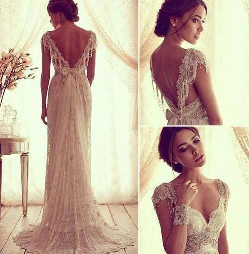 The most gorgeous dress I've seen. I would really love to wear this dress on that special day, it's so beautiful