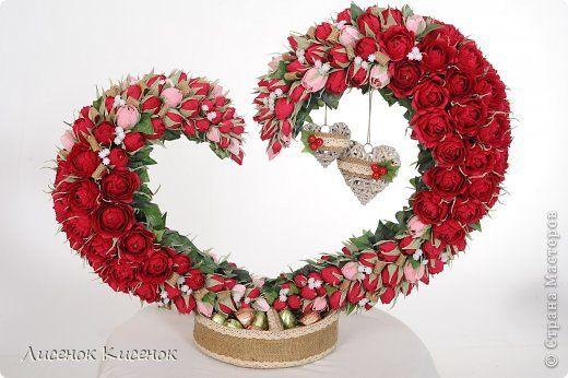 Свит-дизайн. Композиция в виде сердца из розочек (1) (520x346, 165Kb)