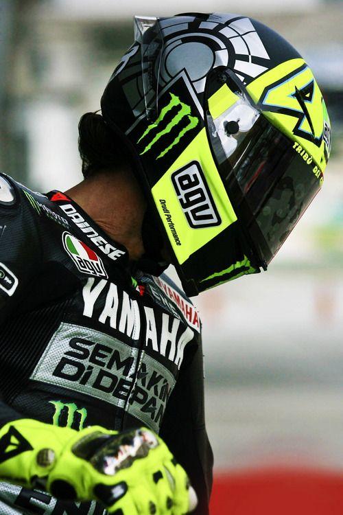That's a BADASS helmet Valentino Rossi #46