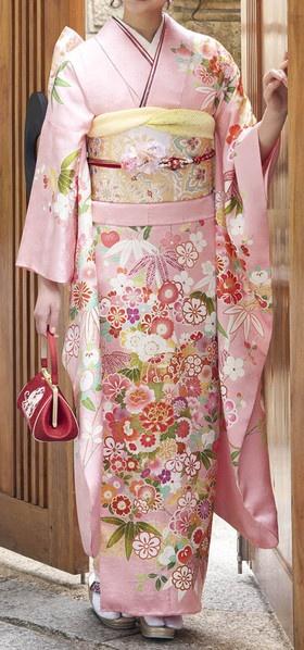 pink Kimono - so elegant - repinned by www.blucats.com