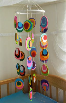 Handmade by Knottygal: Felt crib mobile!