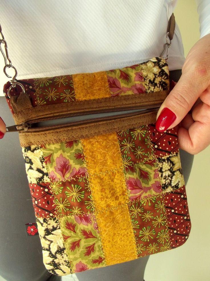 Agradable, fácil y práctico. Este es el bolso de retazos. hecho