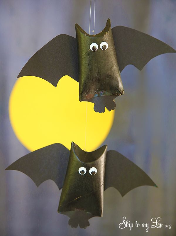 how to make a toilet paper roll hanging bat favor for halloween