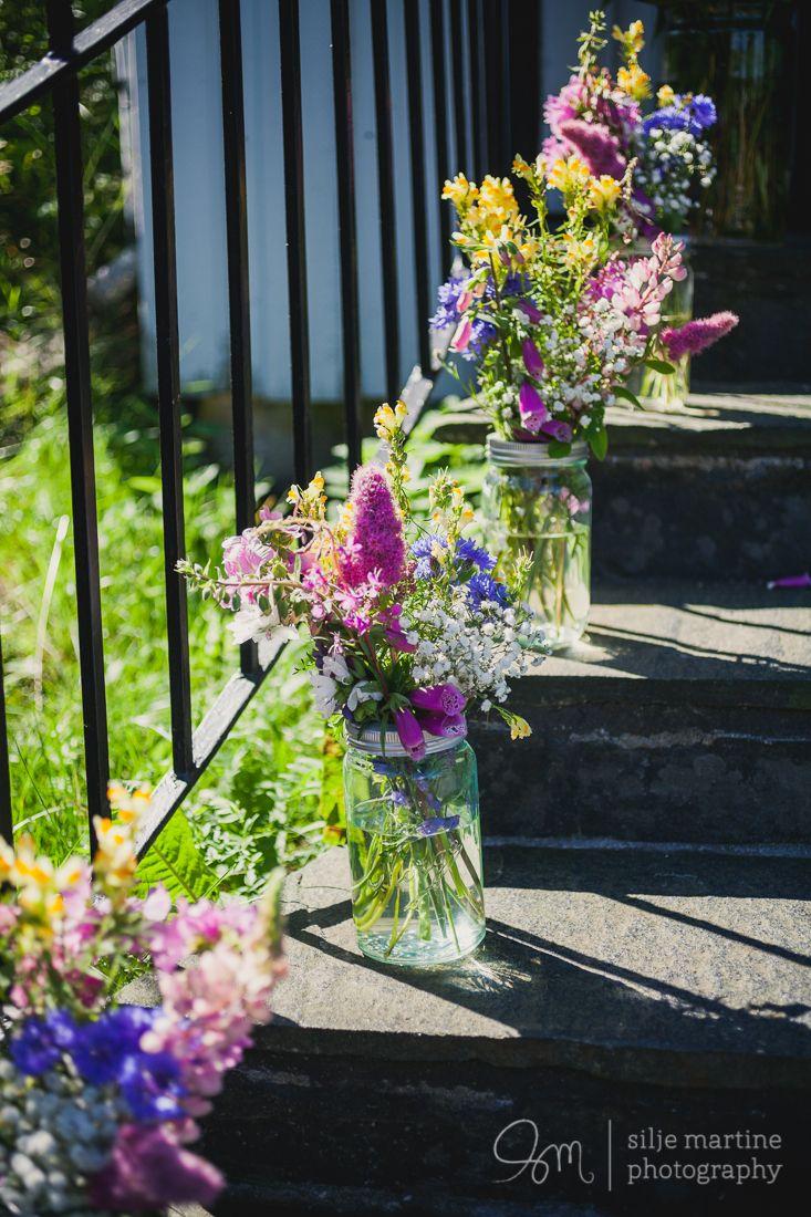 #kirkedekorasjon #blomster #flowers #norgesglass