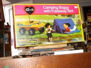 THIS WAS BRILLIANT! I had so many hours of play out of this set. My Sindy family had a summer holiday camping in my garden the year I got this. I'm sure the snails loved it too!